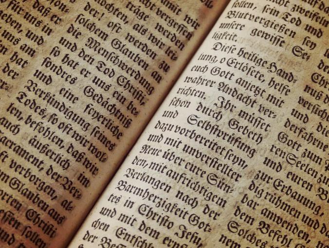 bible-1960635_1920